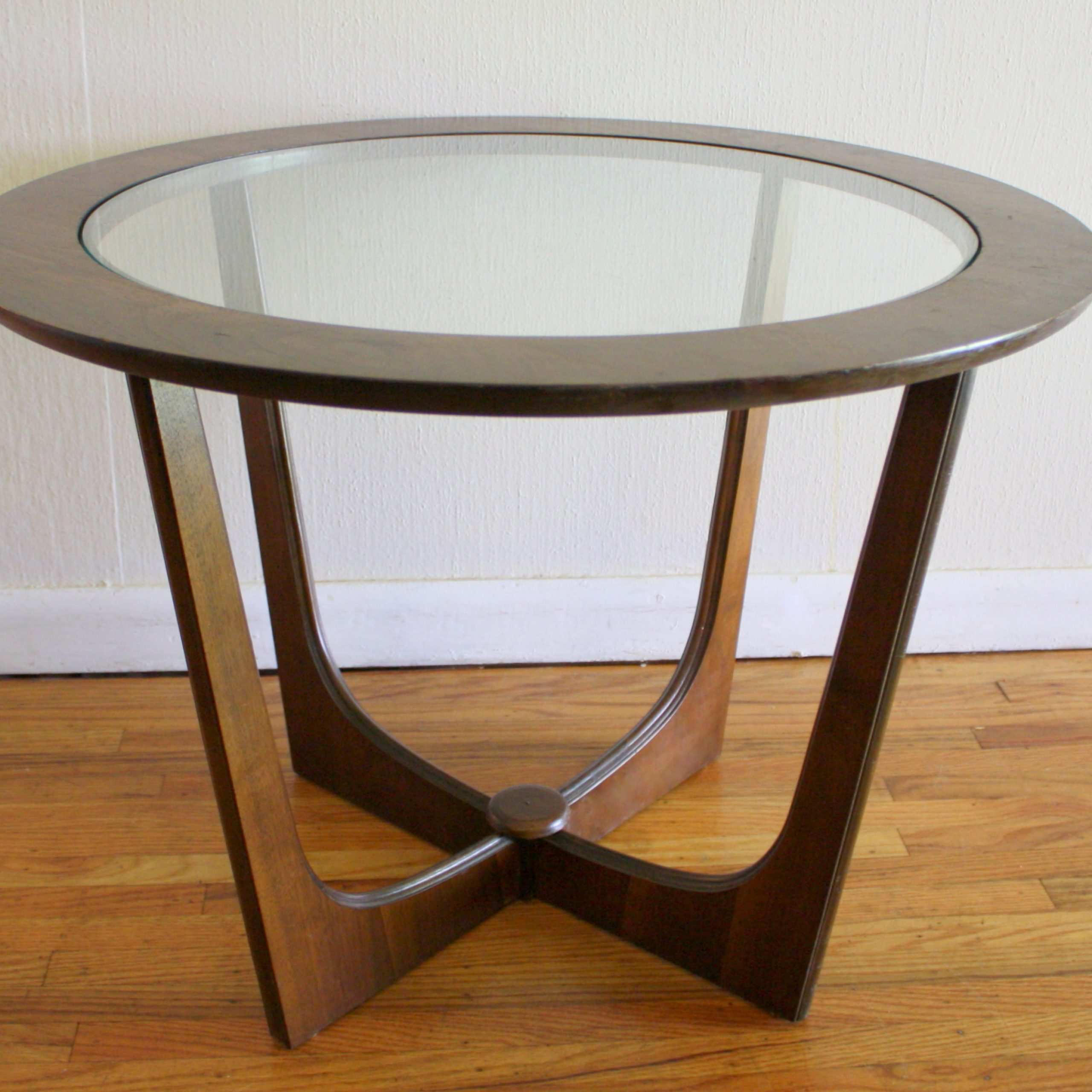 Recent Mid Century Modern Glass Top Side Table (View 18 of 30)