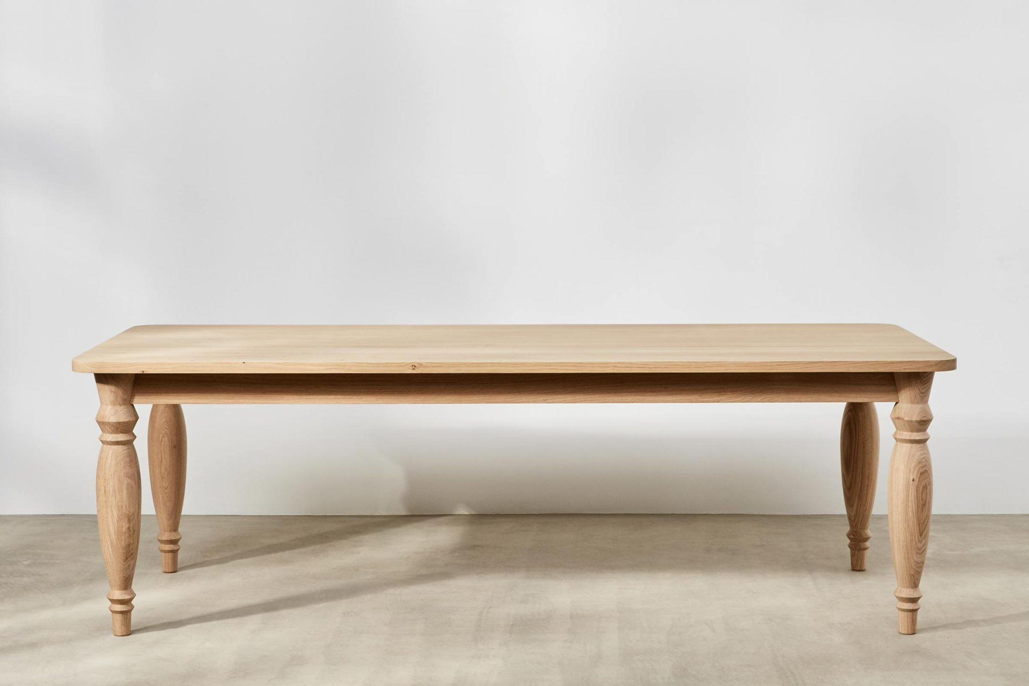 Solid Oak Farmhouse Dining Table With Hand Turned Legs Regarding Popular Fumed Oak Dining Tables (View 27 of 30)