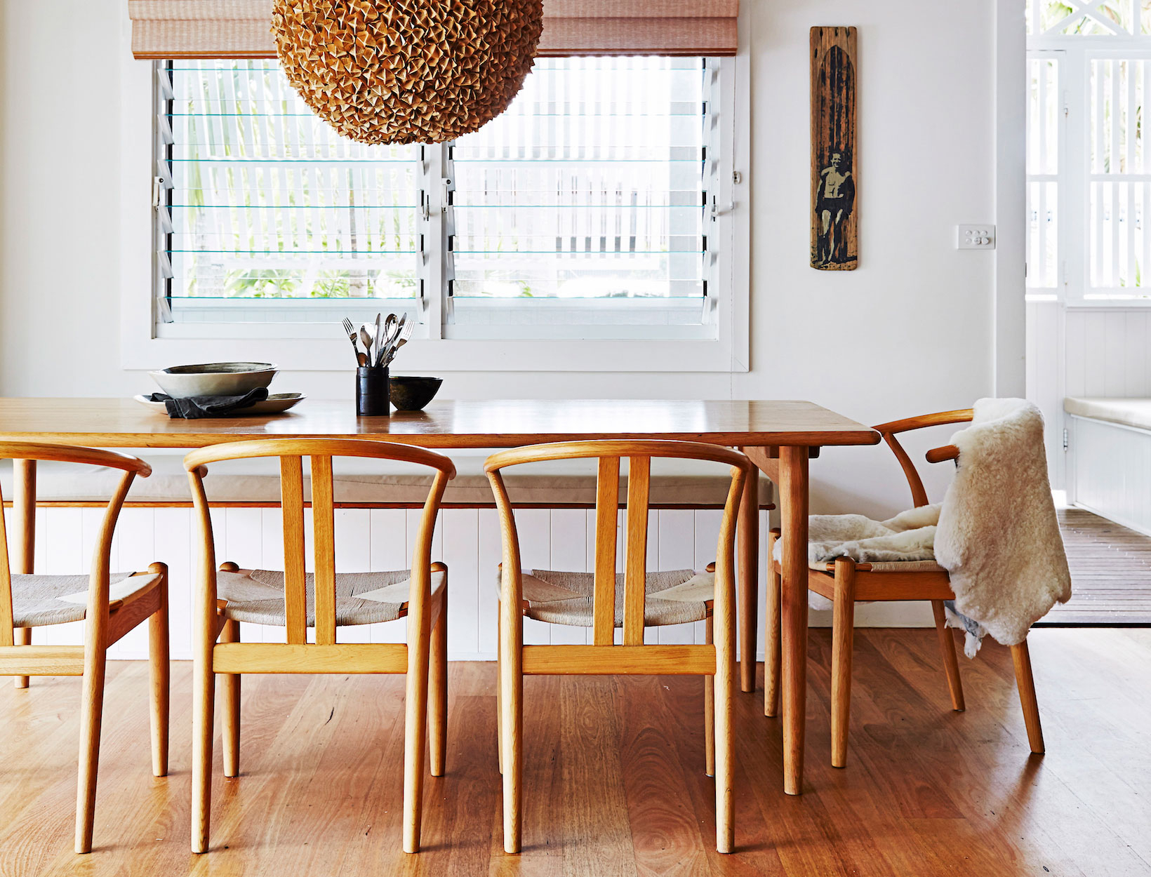 Solid Wood Circular Dining Tables White Regarding Popular 8 Design Professionals On Their Favorite Dining Tables (View 16 of 30)