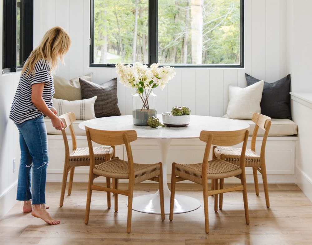 These Round Dining Tables Prove You Need One In Your Life Inside Popular Rustic Mid Century Modern 6 Seating Dining Tables In White And Natural Wood (Gallery 29 of 30)