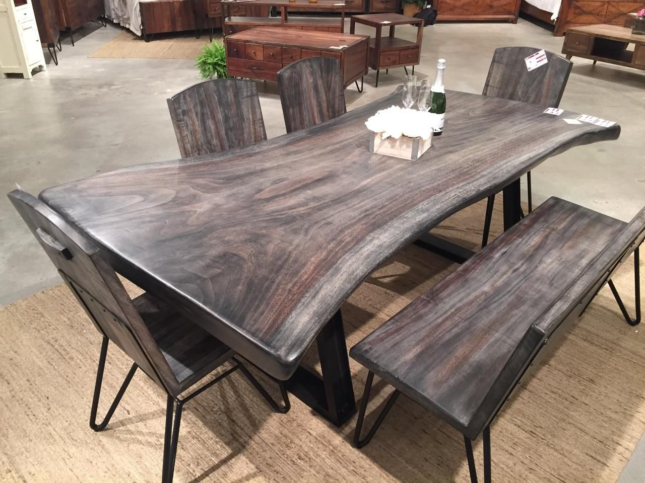 Featured Photo of Walnut Finish Live Edge Wood Contemporary Dining Tables
