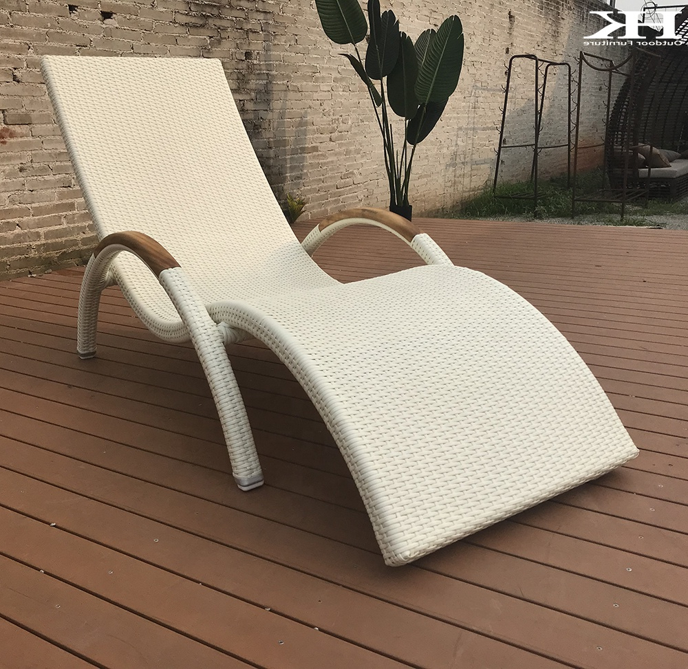 Well Known Outdoor Wicker Plastic Half Moon Leaf Shape Porch Swings Inside Retro Airy Backrest Plastic Rattan Woven Outdoor Deck Chair Stackable Hotel Pool Sun Lounger (View 21 of 30)