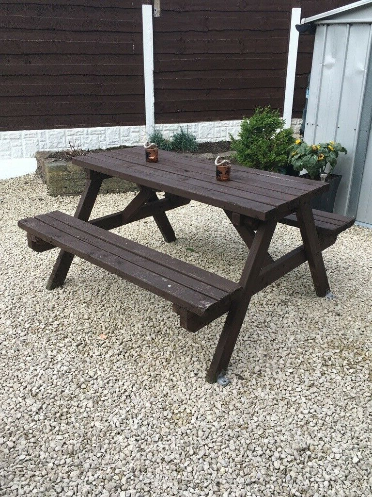 Manchester Solid Wood Garden Benches With Famous Pub Garden Bench (View 11 of 30)