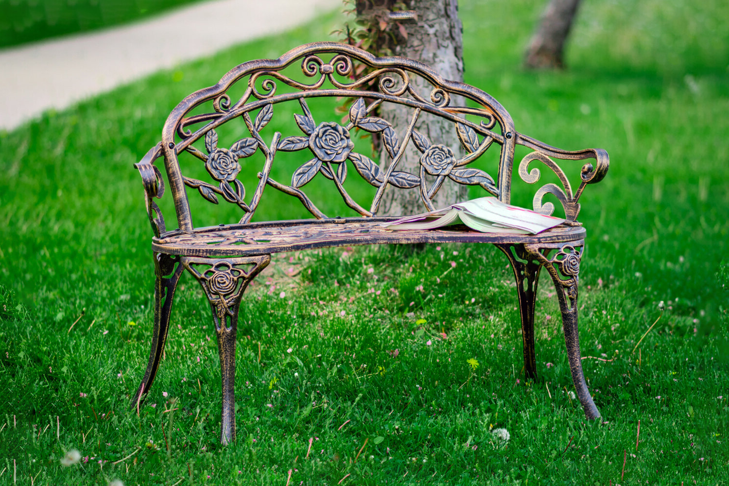 Montezuma Cast Aluminum Garden Benches Within Best And Newest Shatley Rose Metal Garden Bench (View 23 of 30)