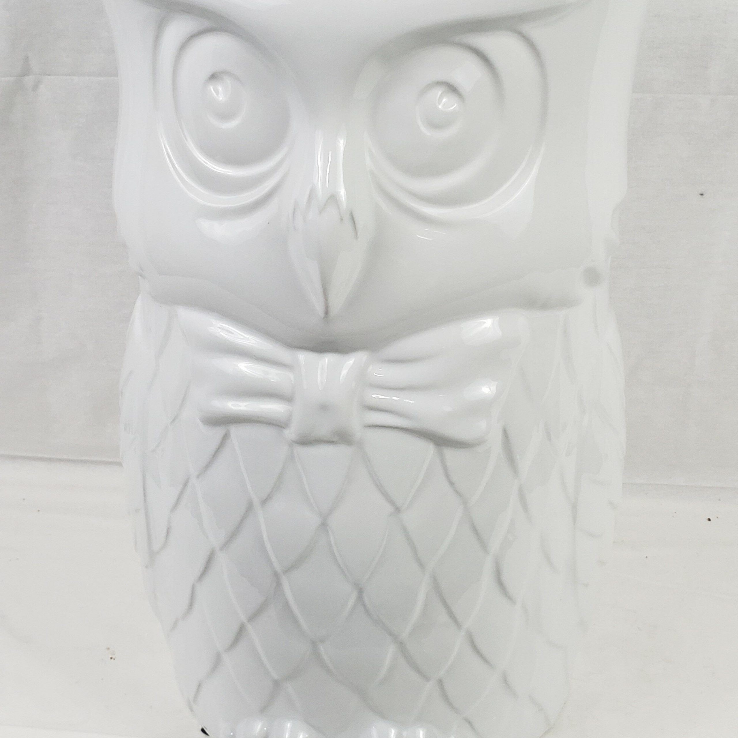 Featured Photo of Middlet Owl Ceramic Garden Stools