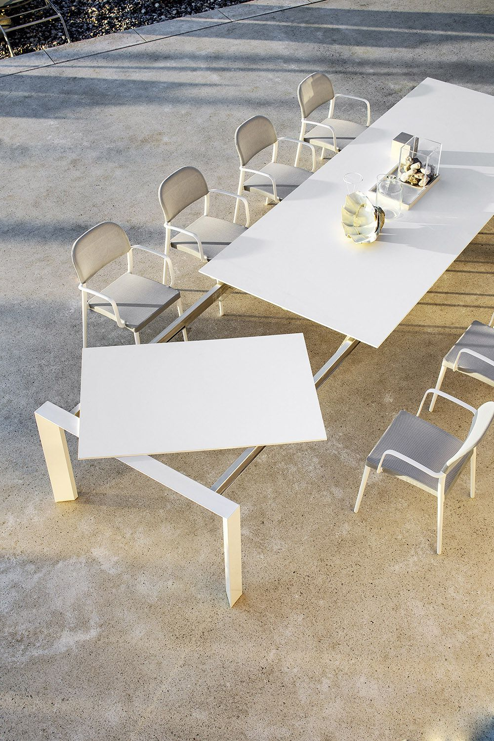 Recent Extendable Dining Table (View 24 of 30)