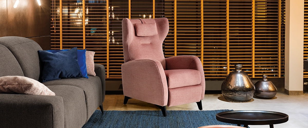 2019 Popel Armchairs Regarding Tapicerías Navarro (View 16 of 30)