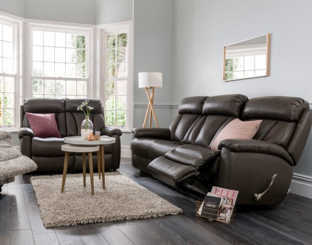Famous La Z Boy Georgina 2 Seater Leather Sofa In Georgina Armchairs (set Of 2) (View 9 of 30)