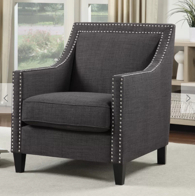 Popular Sweetwater Wingback Chairs Pertaining To Sillón Con Tachuelas Que Me Encanta (View 29 of 30)