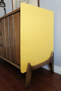 2019 European Paint Finishes: Retro Dresser Intended For Adrian (View 2 of 30)