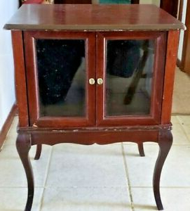 Most Recently Released Wood Accent Sideboards Buffet Serving Storage Cabinet With 4 Framed Glass Doors Throughout Vtg Antique Wooden Glass Framed 2 Door Trinket Cabinet On (View 13 of 30)