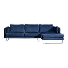 Newest Modern Sectional Sofas (View 7 of 10)