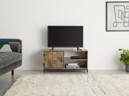 Tv Stands & Media Units (View 2 of 10)